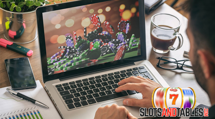 The Tech Responsibility For Keeping Online Casinos Running Smoothly - Slots and Tables